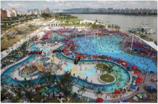 纛岛四季游泳池