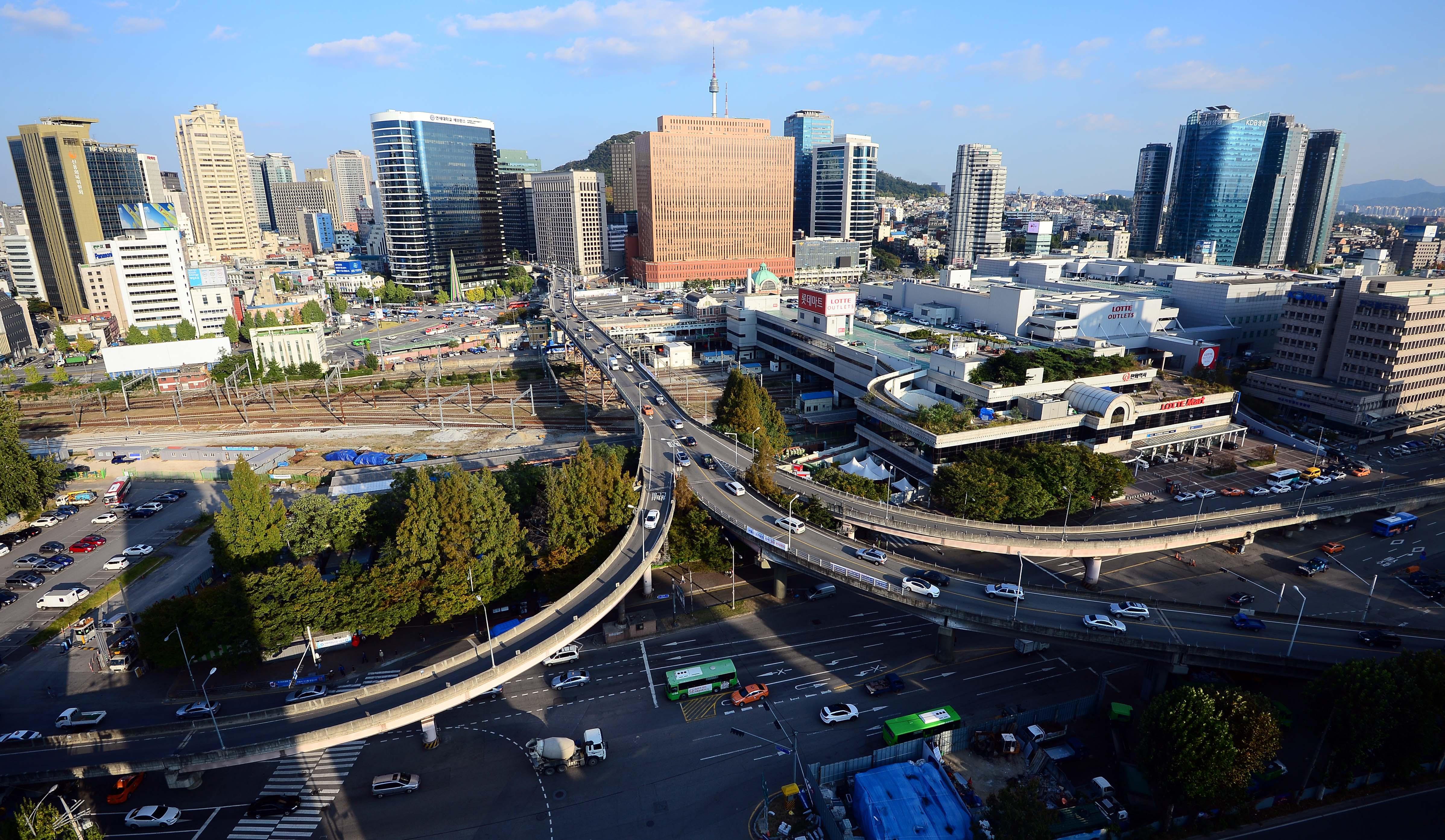 首尔站高架桥,这段时间的足迹