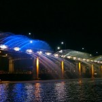 盘浦大桥月光彩虹喷泉