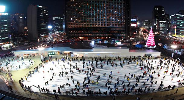 2017年首尔广场溜冰场开放