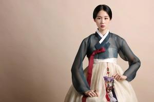 首尔365时装秀,首尔历史博物馆举办韩服时装秀