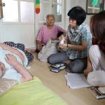 """首尔市在全国率先实施""""社区医生"""",提供上门拜访的健康照护服务"""