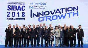 全球经济领袖出席首尔国际经济咨询团(SIBAC)大会
