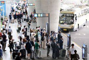 首尔市将23条机场巴士路线交通卡票价下调1000韩元