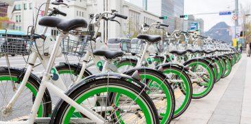2020年叮铃铃共享单车使用量超过2300万件,跃升为疫情时代最亮眼的交通工具