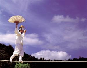 韩国民俗村传统走绳