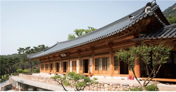 在首尔城市中心乐享寺院寄宿
